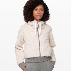 Lululemon Short Sweet And Sherpa Jacket XL